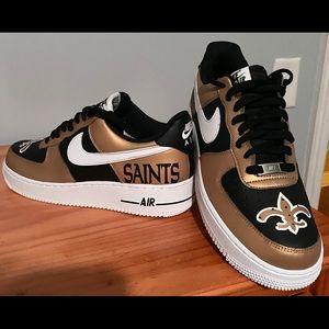 Custom hand painted Nike Air Force 1s low top